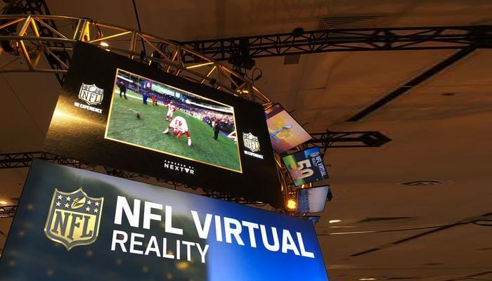 Football Fans Enjoy Super Bowl 2016 with VR Helmets