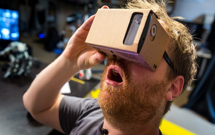 Google's iOS Compatible Cardboard could change the Market