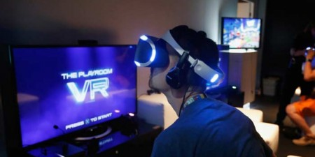 Sony's Playstation VR Headset Release Delayed till October
