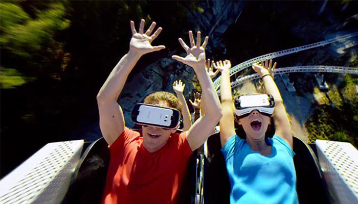 New Virtual Reality Attraction in Six Flags Theme Park